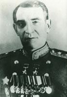 Десантники почтили память первого командующего ВДВ генерал-лейтенанта Василия Афанасиевича Глазунова